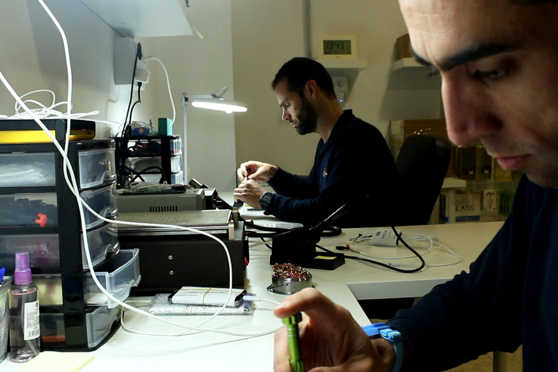 Nuestros técnicos trabajando