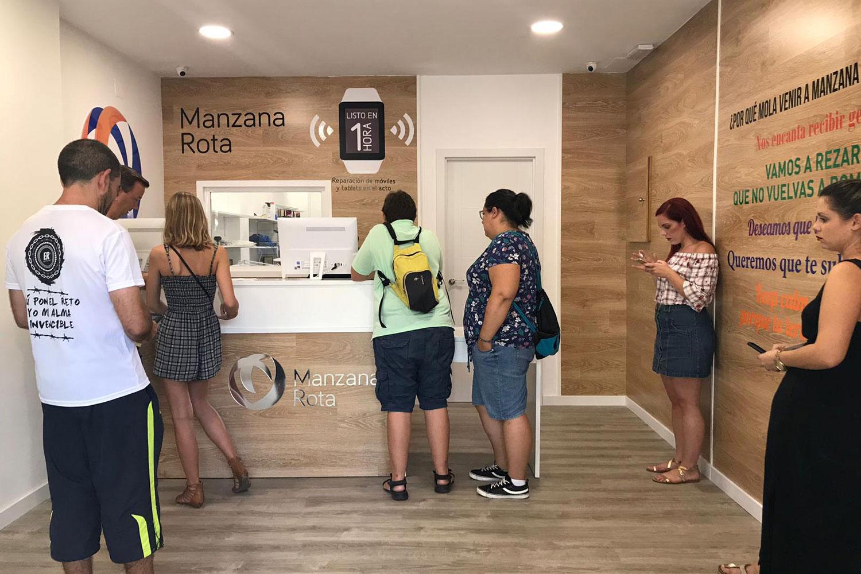 Atención al cliente - Benalmádena (Málaga)